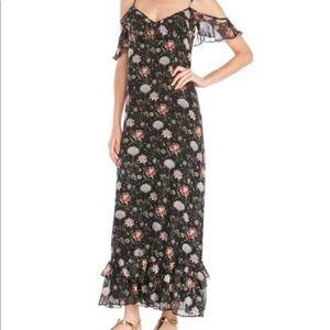 Max studio sleeveless Ruffle Dress